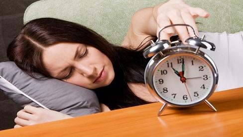 Bệnh mất ngủ ở phụ nữ xuất phát từ đâu? Hậu quả gây ra là gì?
