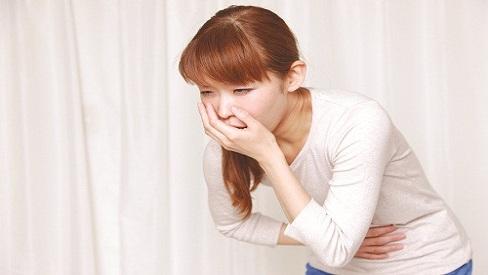 Triệu chứng và cách giảm đau dạ dày hiệu quả