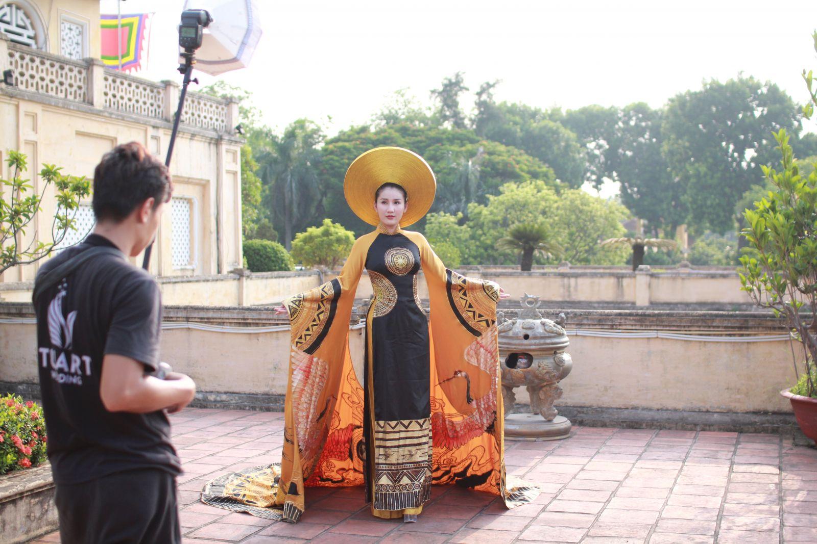 Hậu trường buổi chụp hình trước thềm Cuộc thi Hoa khôi Thủ đô 2019-4