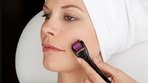 Tiết lộ 4 tác dụng bất ngờcủa lăn kim tế bào gốc với làn da