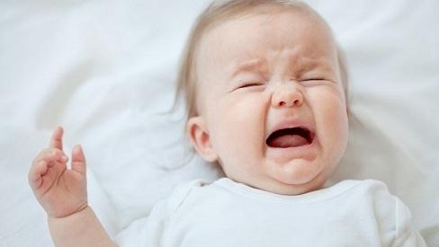 Nguyên nhân khiến trẻ bị nấm lưỡi và cách điều trị