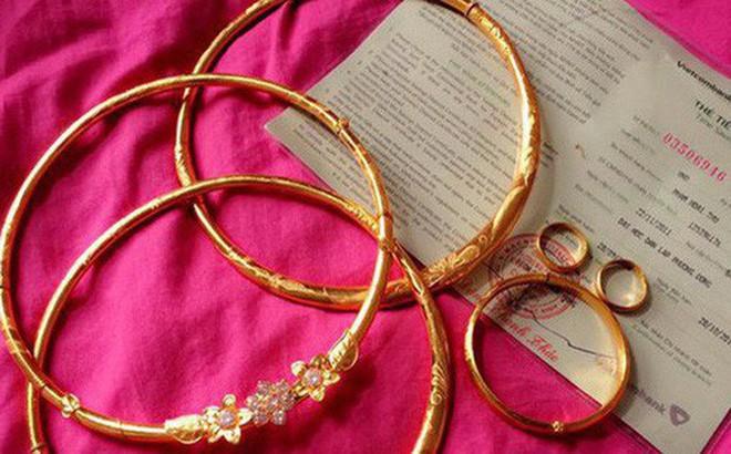 Đúng ngày cưới cô dâu ôm cả thùng tiền mừng cùng vàng và chú rể trả thẳng bố mẹ chồng-2