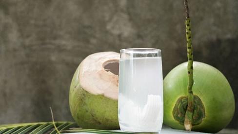Cách chữa bệnh dạ dày bằng quả dừa hiệu quả và tiết kiệm chi phí
