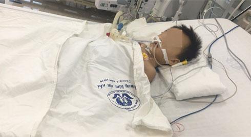 Bác sĩ chỉ ra nguyên nhân bé trai 2 tuổi nguy kịch do dùng thuốc hạ sốt paracetamol