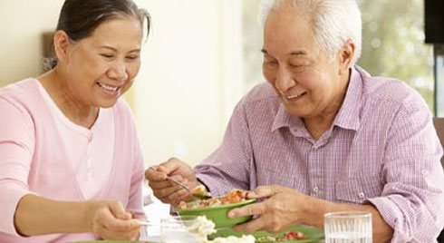 Người cao tuổi ăn uống thế nào để luôn khỏe?