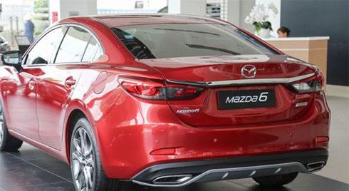 Mua Mazda 6 2019 hay Toyota Camry 2019 ?