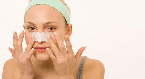 Cách chăm sóc sau nâng mũi mau lành, đẹp tự nhiên