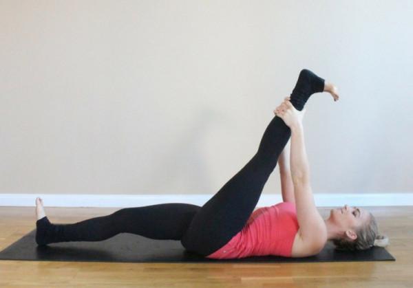 Bật mí 5 bài tập yoga cho bệnh viêm khớp hiệu quả và an toàn-2