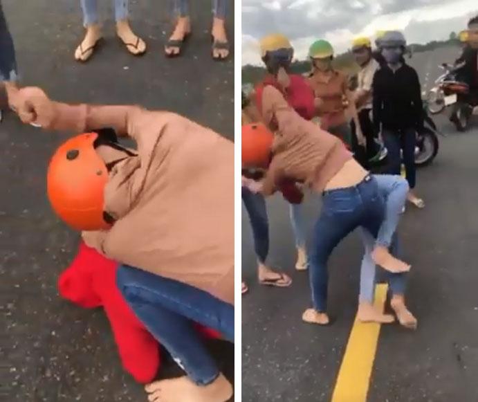 Hai cô gái đánh nhau như phim ngay giữa đường, bạn bè đứng ngoài hò reo, cổ vũ?-4