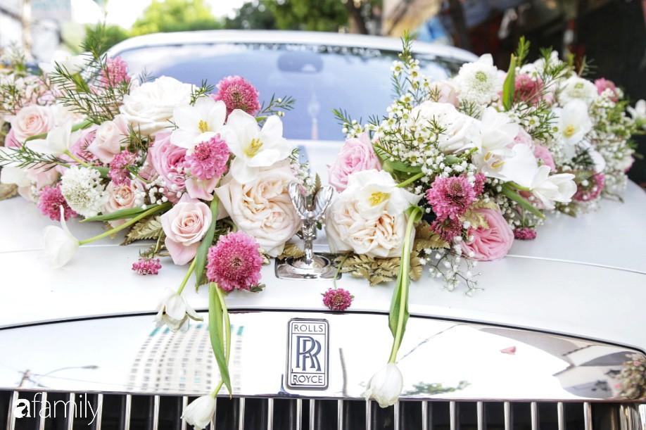 Toàn cảnh lễ đưa dâu bằng dàn siêu xe hơn 100 tỷ của con gái đại gia Minh Nhựa, quà cưới toàn vàng, kim cương đeo đỏ tay-2