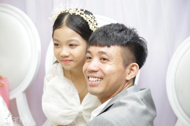 Toàn cảnh lễ đưa dâu bằng dàn siêu xe hơn 100 tỷ của con gái đại gia Minh Nhựa, quà cưới toàn vàng, kim cương đeo đỏ tay-11