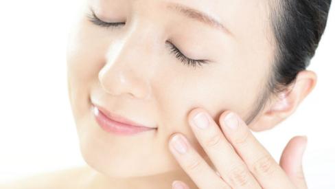 Những bước tẩy tế bào chết da mặt đơn giản hiệu quả