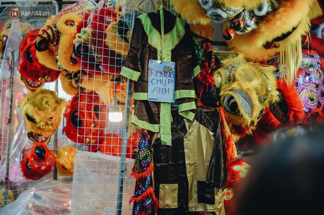 Tiểu thương chợ Trung thu truyền thống Hà Nội đồng loạt treo biển Không chụp ảnh, hãy là người có văn hoá!-14