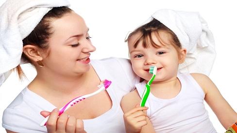 Cách chăm sóc răng miệng cho trẻ đúng cách mẹ nên biết