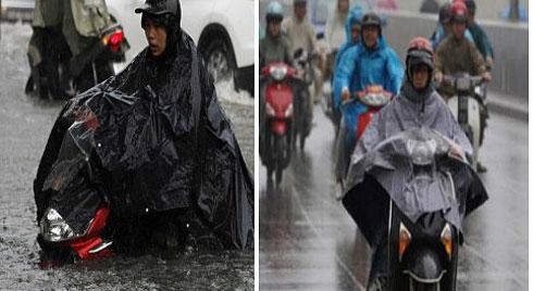 Nguyên tắc 'xương máu' khi đi xe tay ga mùa mưa bão để tránh rủi ro