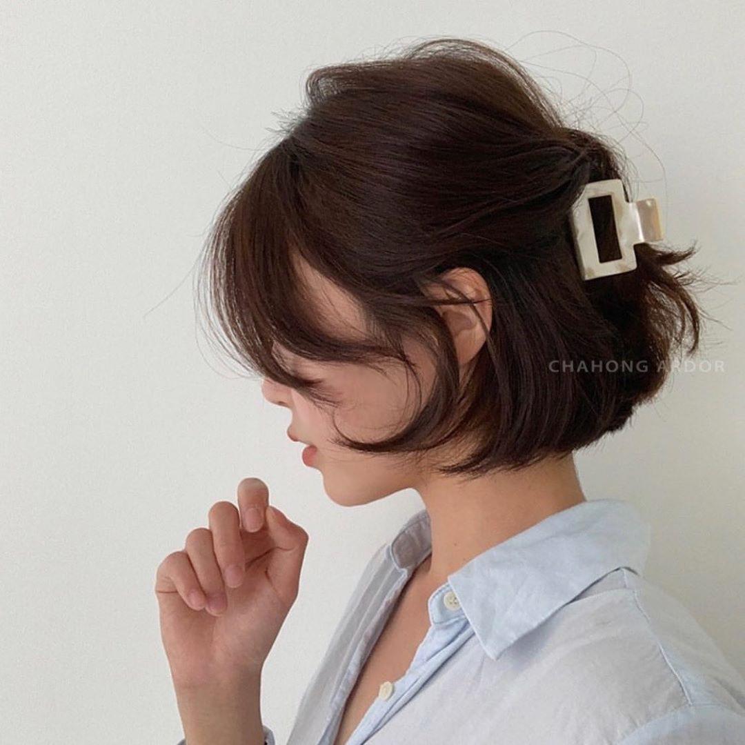 4 kiểu tóc nhanh gọn cứu vớt nhan sắc của chị em trong những ngày mưa gió não nề-8