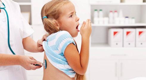 7 cách tự nhiên giúp giảm triệu chứng viêm phế quản cho trẻ