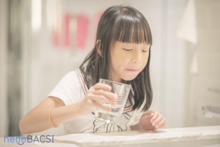 7 cách tự nhiên giúp giảm triệu chứng viêm phế quản cho trẻ-2