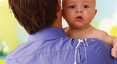 Chuyên gia hướng dẫn xử lý nôn trớ cho trẻ cực kỳ hiệu quả