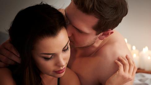 """Gợi ý những """"màn dạo đầu"""" khiến cuộc """"yêu"""" của hai người trở nên hoàn hảo"""