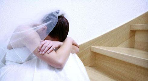 """Cô dâu mới trải lòng về đêm tân hôn kinh hoàng chỉ vì chiếc phong bì mừng cưới của vị khách quen cùng lời nhắn """"xóc óc"""""""