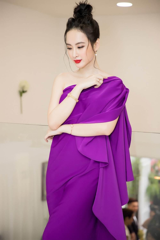 Bị coi là gam màu sến sẩm, vậy mà mỹ nhân Việt vẫn đua nhau lên đồ cùng sắc tím-3
