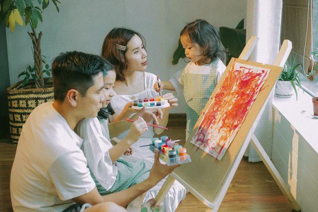 Trước khi đường ai nấy đi, vợ chồng Lưu Hương Giang - Hồ Hoài Anh từng là một cặp bài trùng trong cách dạy con-5