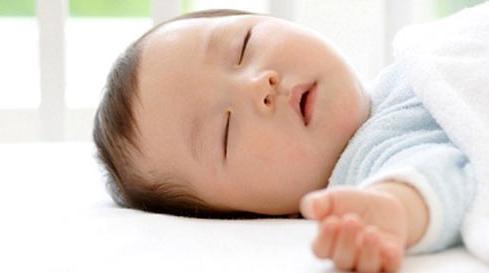 Năm bước luyện trẻ sơ sinh tự ngủ hiệu quả
