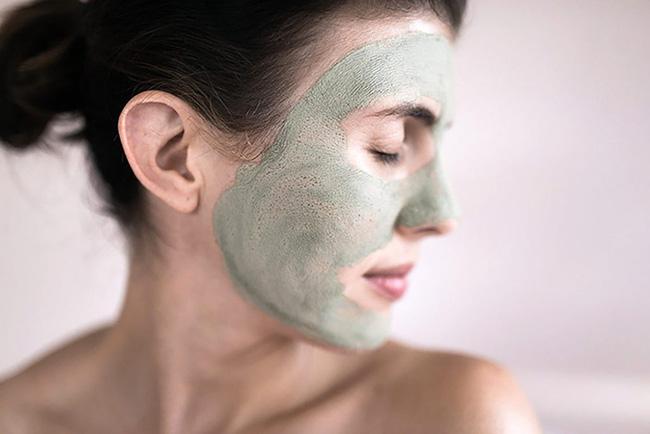 Bị bỏng rát mặt chỉ vì một lần đắp mặt nạ qua đêm: Lời cảnh báo thói quen làm đẹp của chị em-4