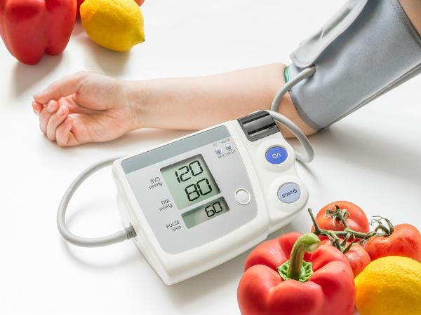 Chỉ số huyết áp người già bao nhiêu là ổn định?-2