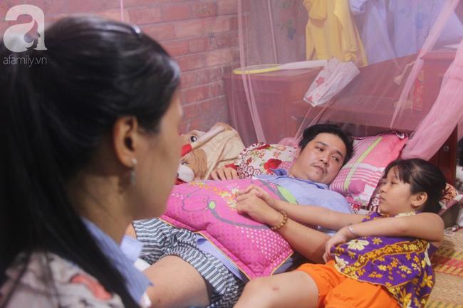 Con gái 7 tuổi bị gãy chân, chồng nằm liệt giường, người vợ bệnh tật khẩn cầu sự giúp đỡ sau vụ tai nạn kinh hoàng-7