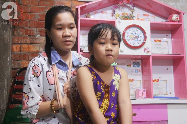 Con gái 7 tuổi bị gãy chân, chồng nằm liệt giường, người vợ bệnh tật khẩn cầu sự giúp đỡ sau vụ tai nạn kinh hoàng-6