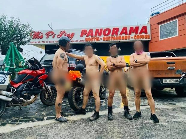 Xôn xao hình ảnh 4 người đàn ông khỏa thân đi xe máy lên đèo Mã Pì Lèng, chụp ảnh check in phản cảm trước cửa KS Panorama-2