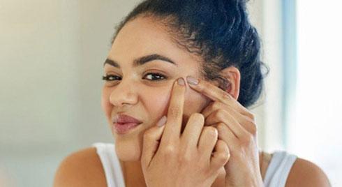 Bác sĩ da liễu hé lộ nguyên nhân khiến làn da của chúng ta xuất hiện nếp nhăn trước tuổi lão hóa