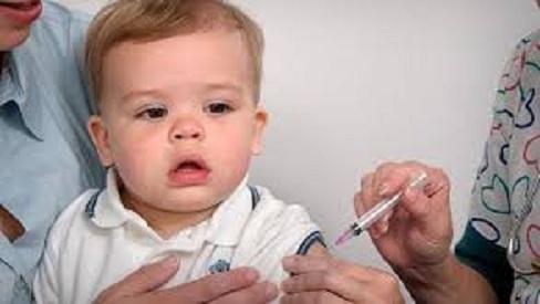 Cách phòng tránh bệnh quai bị cho trẻ khi vào mùa dịch