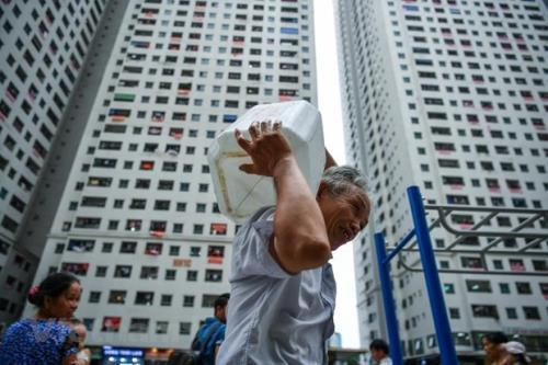 Điểm tên những khu chung cư nhà giàu khốn khổ vì thiếu nước sinh hoạt-4
