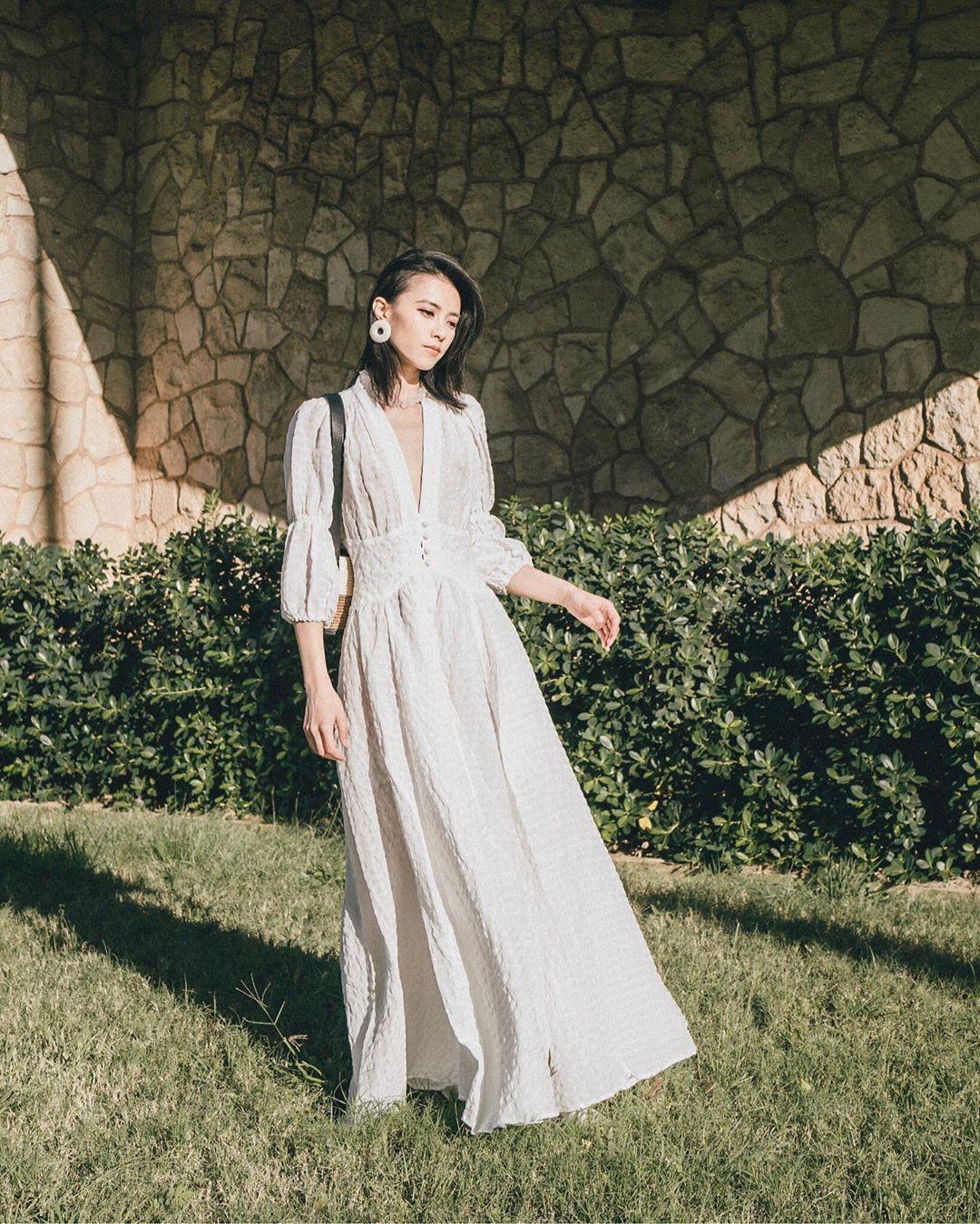 Không kiểu váy nào vượt qua được váy dáng dài về độ sang chảnh, yêu kiều và hợp rơ với tiết trời se lạnh-11