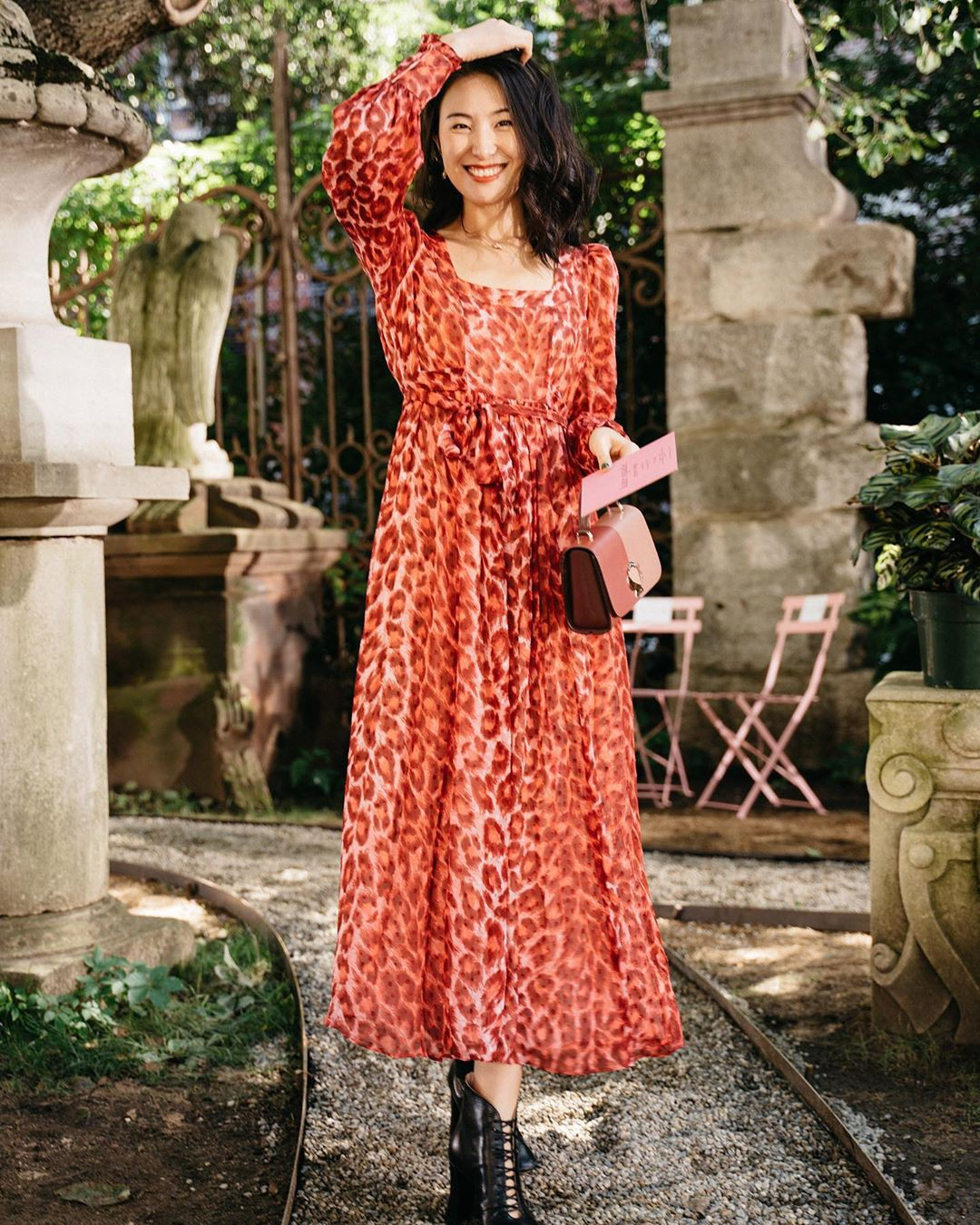 Không kiểu váy nào vượt qua được váy dáng dài về độ sang chảnh, yêu kiều và hợp rơ với tiết trời se lạnh-12