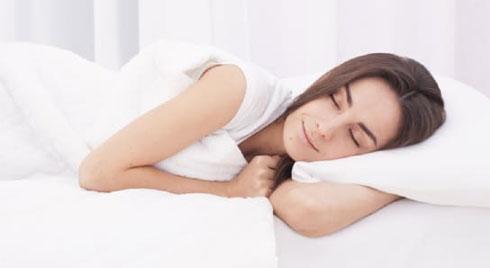 5 cách điều trị sốt siêu vi tại nhà