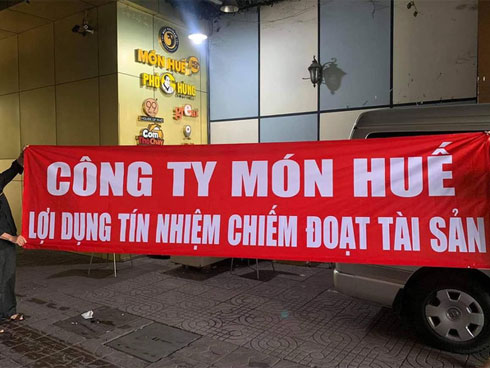 Nhiều cửa hàng Món Huế ngừng hoạt động tại Sài Gòn, cả trăm nhà cung cấp kéo đến đòi nợ hàng tỉ đồng