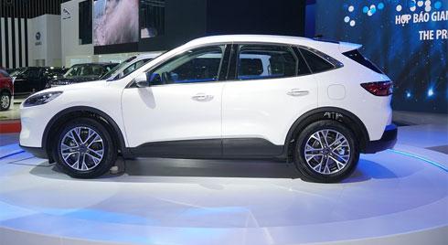 """Bom tấn"" Ford Escape 2020 - điểm nhấn của Ford tại VMS 2019"