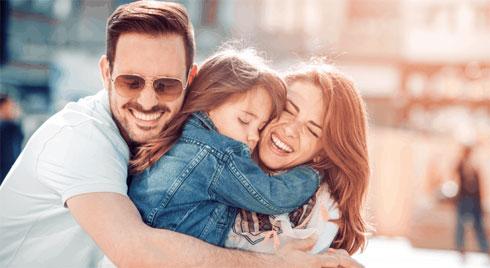 10 cách nuôi dạy con gái trở nên tự tin và bản lĩnh
