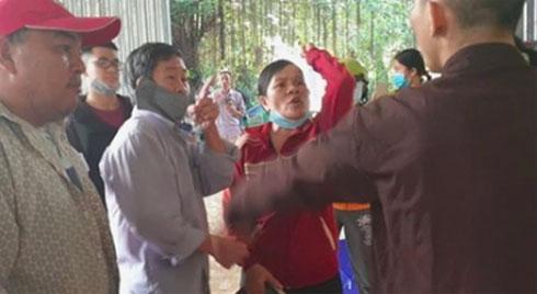 Nhóm người xông vào đập phá, đánh người ở 'Tịnh thất Bồng Lai' sẽ bị xử lý thế nào?
