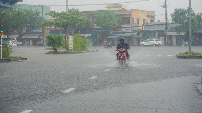 Miền Trung có thể đón cơn bão mới trong tuần tới-1