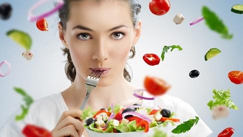 Tiết lộ những cách ăn salad giảm cân hiệu quả trong những ngày tết