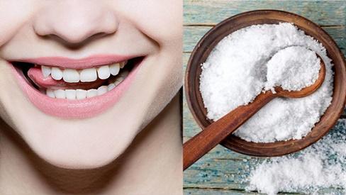 Muối  giúp bạn tẩy rửa cao răng hiệu quả hơn mong đợi