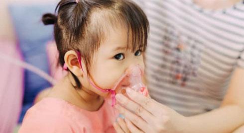 Nguyên nhân và triệu chứng bệnh viêm phổi ở trẻ nhỏ