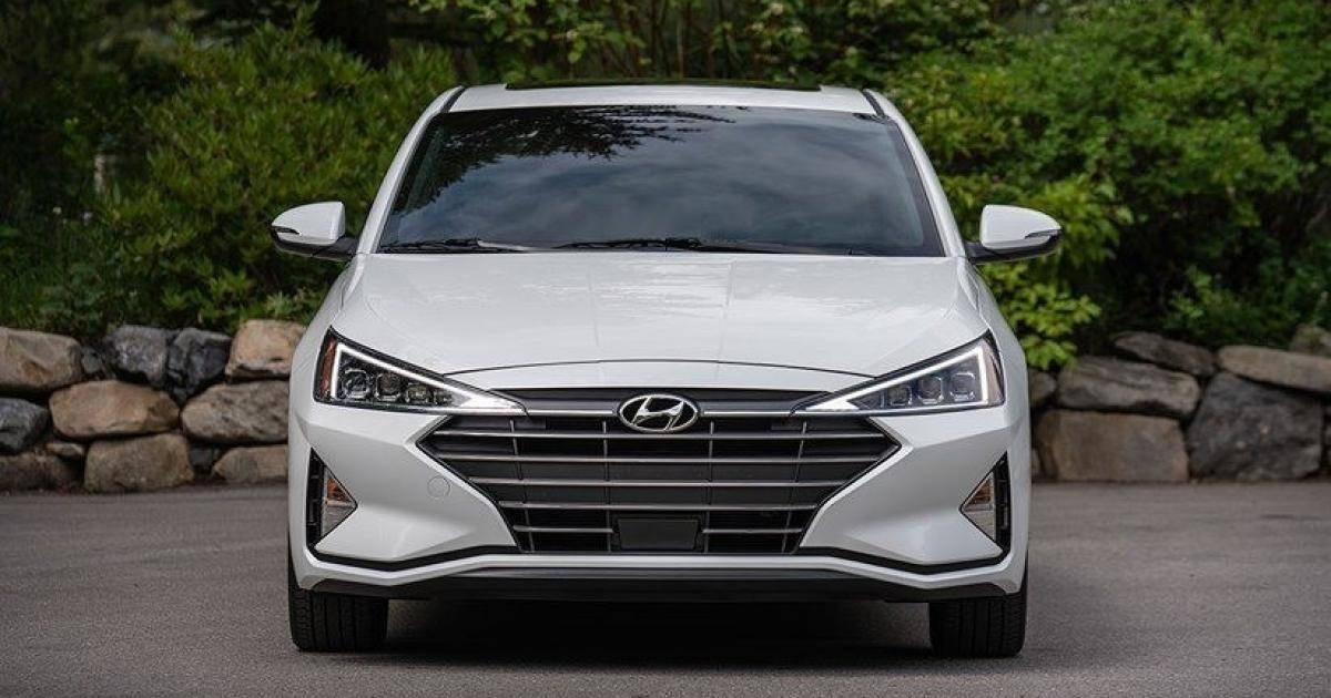Hyundai Elantra 2019 và KIA Cerato 2019: Chọn xe Hàn nào?-4