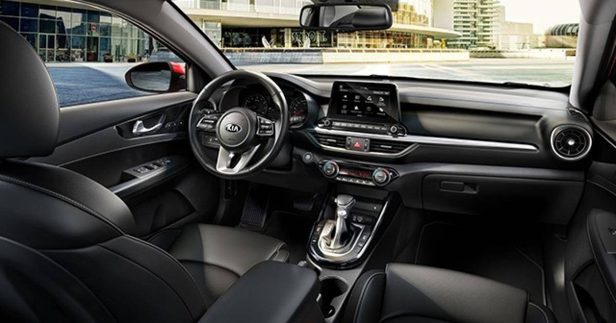 Hyundai Elantra 2019 và KIA Cerato 2019: Chọn xe Hàn nào?-5