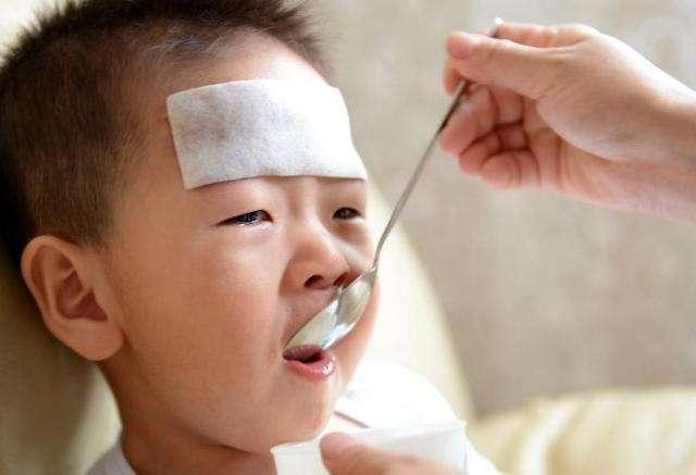 Vì sao đứa trẻ nào mới đi nhà trẻ cũng hay ốm? Biết được điều này cha mẹ sẽ giúp con đi học khỏe mạnh-1